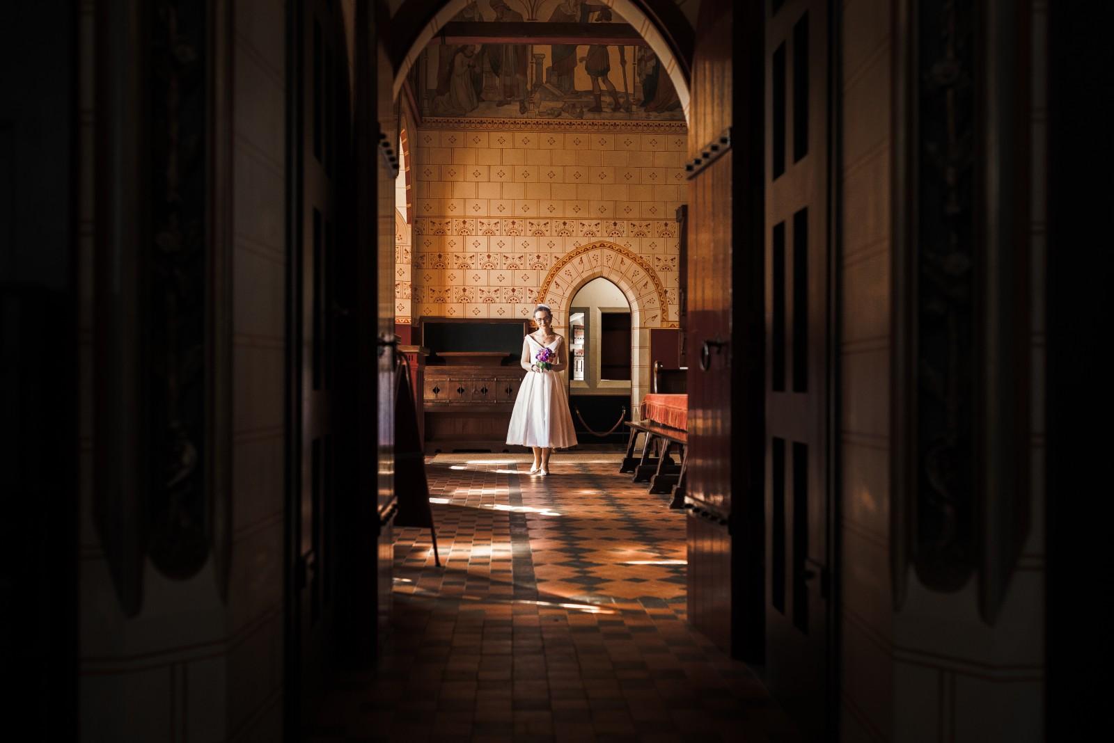 wedding photographer castell coch