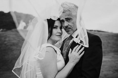 Romantic wedding photography Newquay
