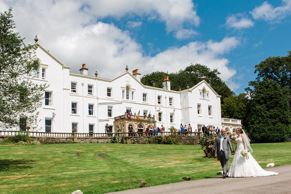 wedding photographer court colman manor