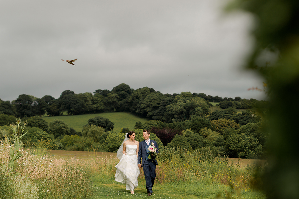 wedding photographer the barn brecon