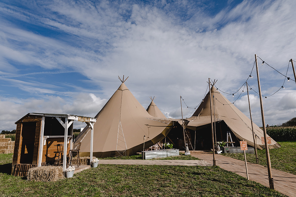 tipi wedding south wales in llantwit Major