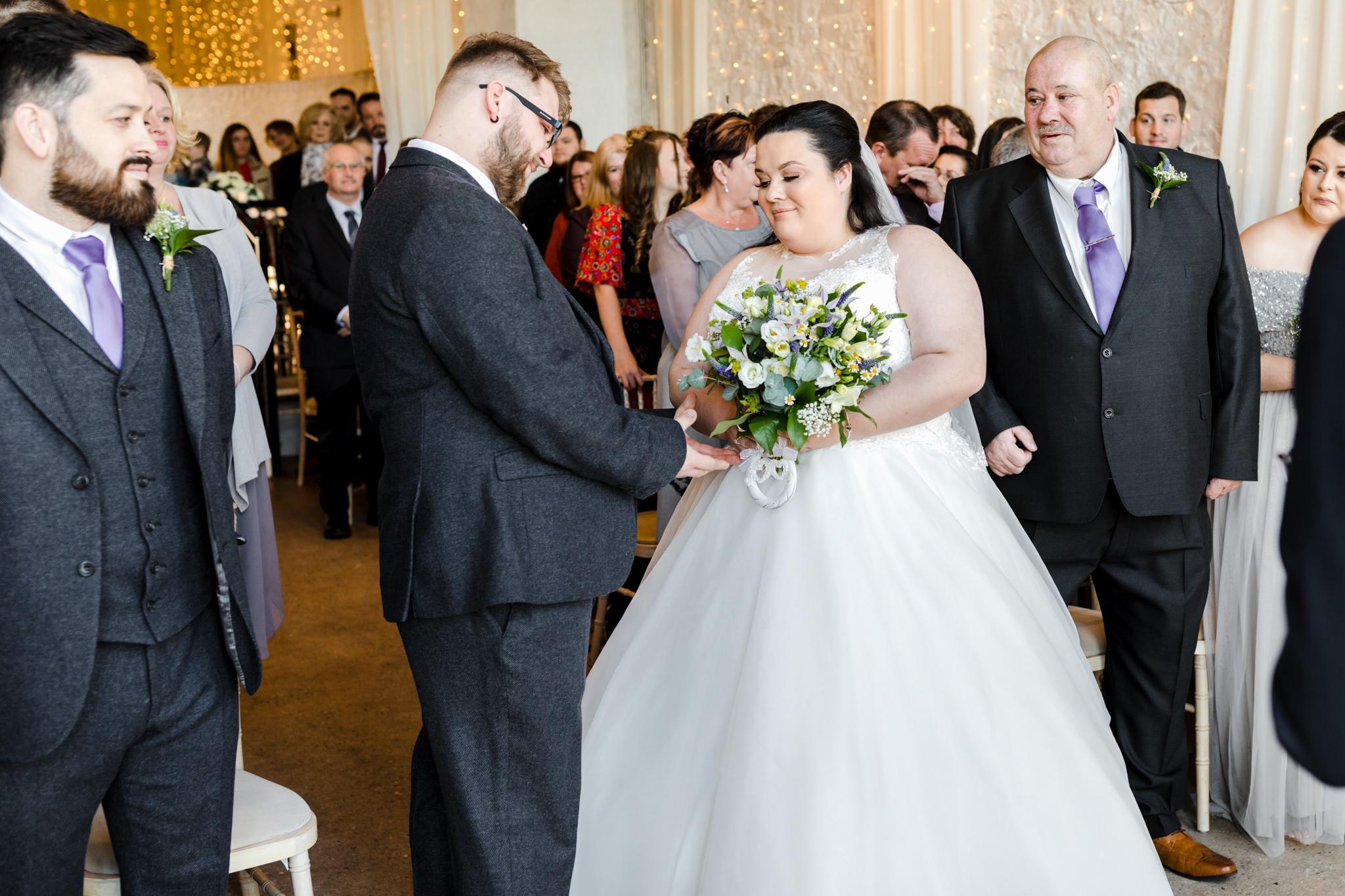 Rosedew Farm wedding Photography-44-Art by Design