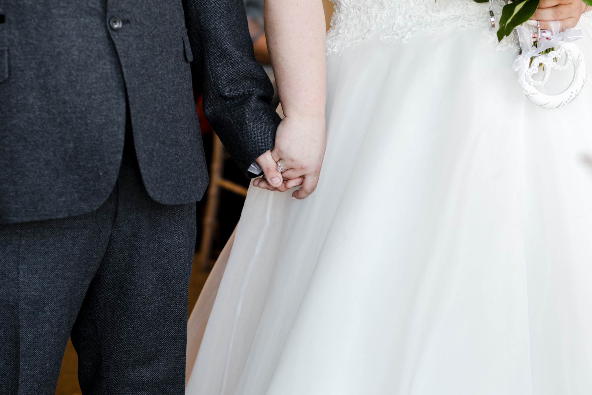 Rosedew Farm wedding Photography-45-Art by Design