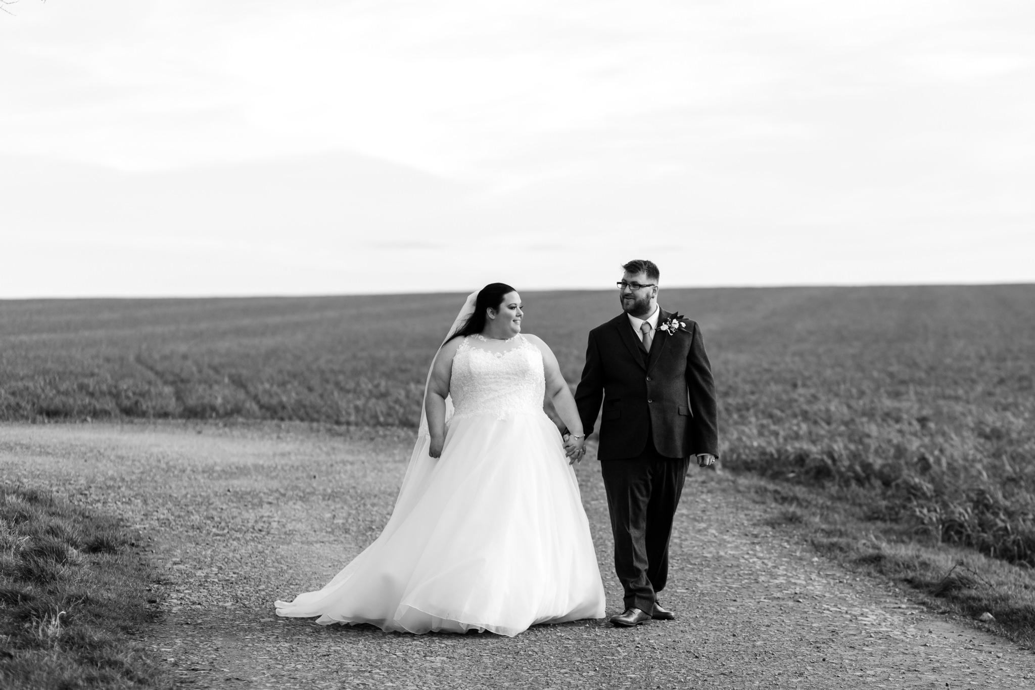 Rosedew Farm wedding Photography-56-Art by Design