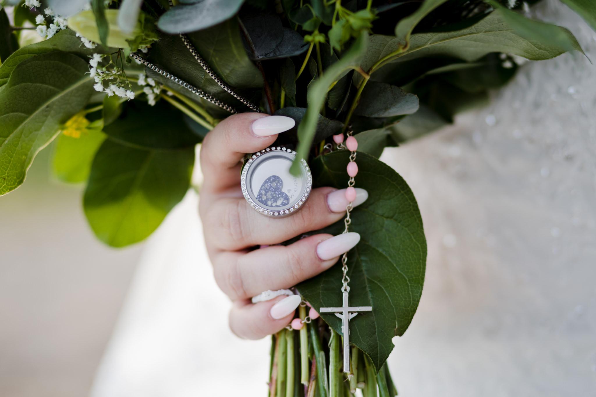 Rosedew Farm wedding Photography-57-Art by Design