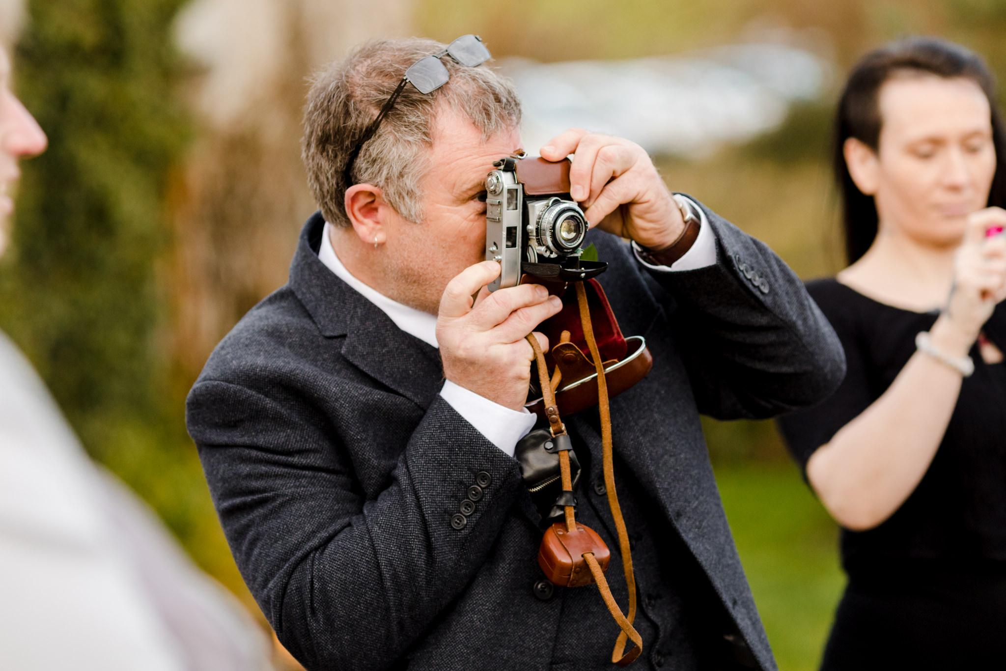 Rosedew Farm wedding Photography-61-Art by Design