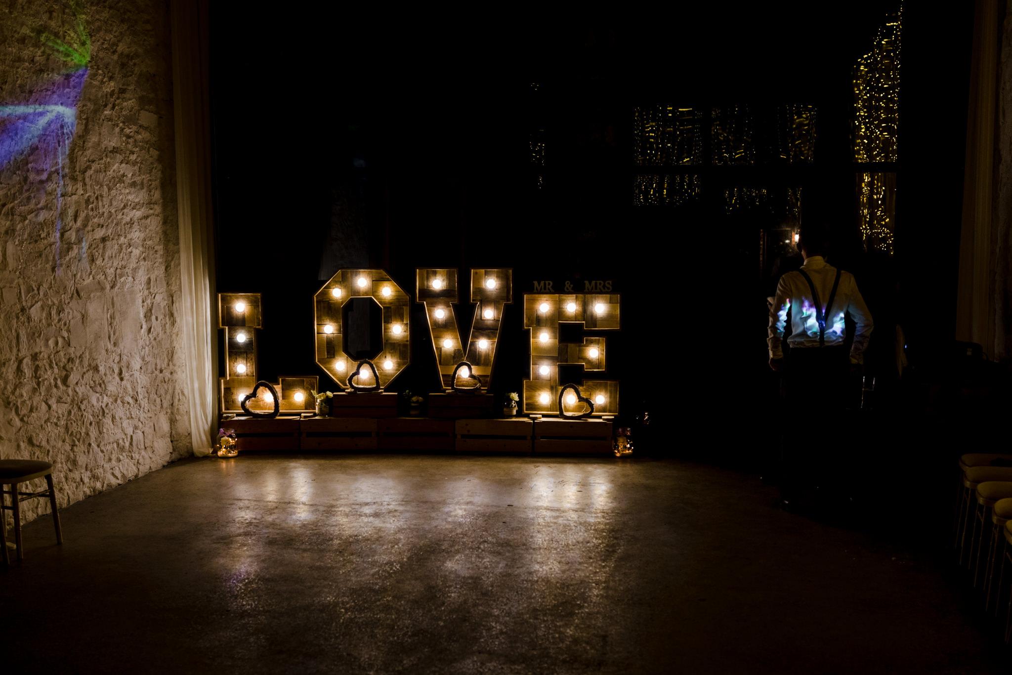 Rosedew Farm wedding Photography-71-Art by Design